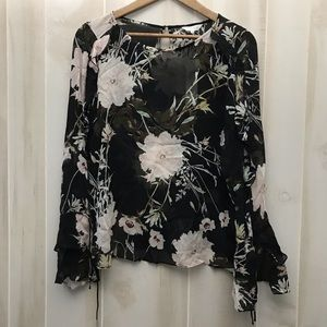 NWT Lucky brand floral peasant top